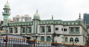 मस्जिदों से लाऊड स्पीकरों को हटाना इस्लाम धर्म की सेवा करना है