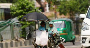 देश में सामाजिक चुनौतियों से बढ़ती गरीबी