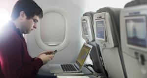 भारत में भी फ्लाइट में वाई-फाई का का मजा ले सकेंगे यात्री