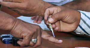 उत्तर प्रदेश: आज शाम से थम जाएगा पहले चरण का चुनाव प्रचार, 8 सीटों पर लगी दिग्गजों की साख दांव पर